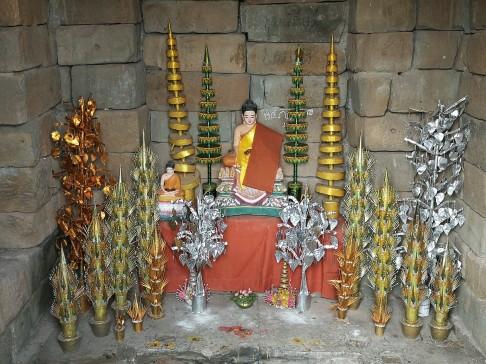 Heute Buddhismus, bei der Erbauung war Hinduismus